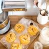 Zelf pasta maken met de Smeg keukenmachine met hulpstukken