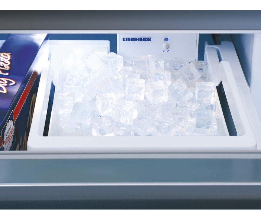 De Liebherr ECBN6156 is uitgevoerd met een icemaker
