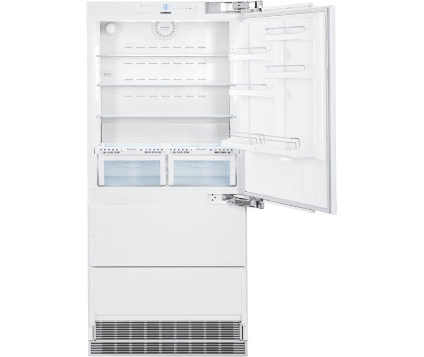 Het interieur van de Liebherr ECBN6156 inbouw koelkast