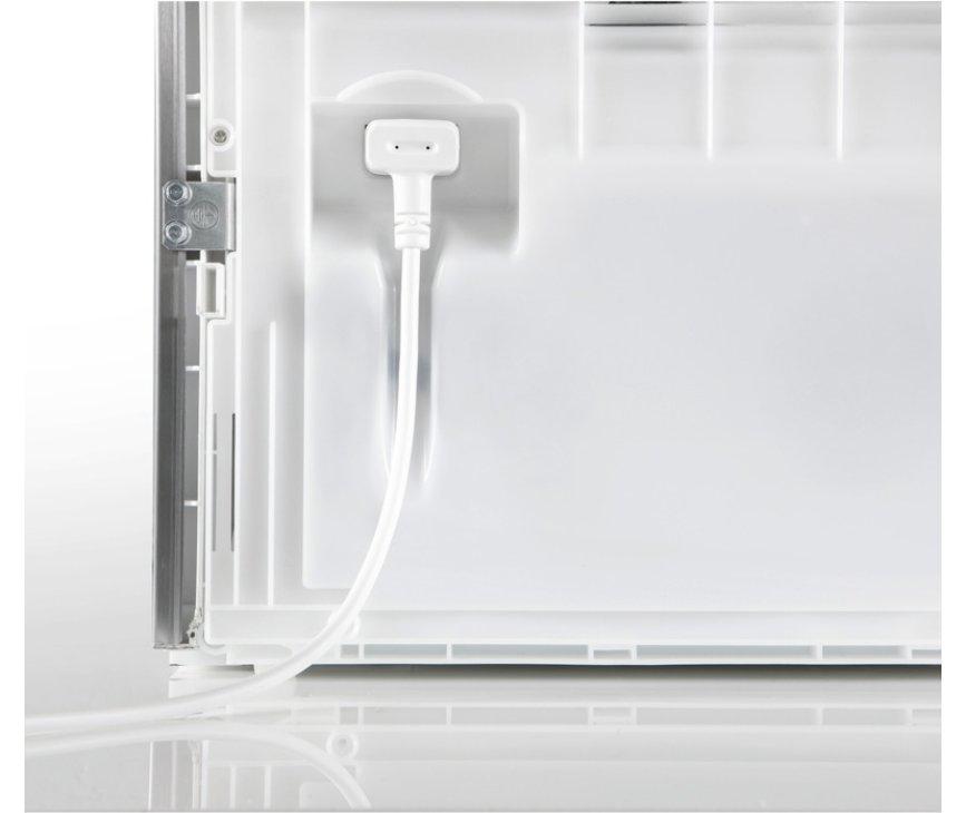 De Liebherr GN4115 vrieskast / vriezer wit heeft een uitsparing voor de stekker