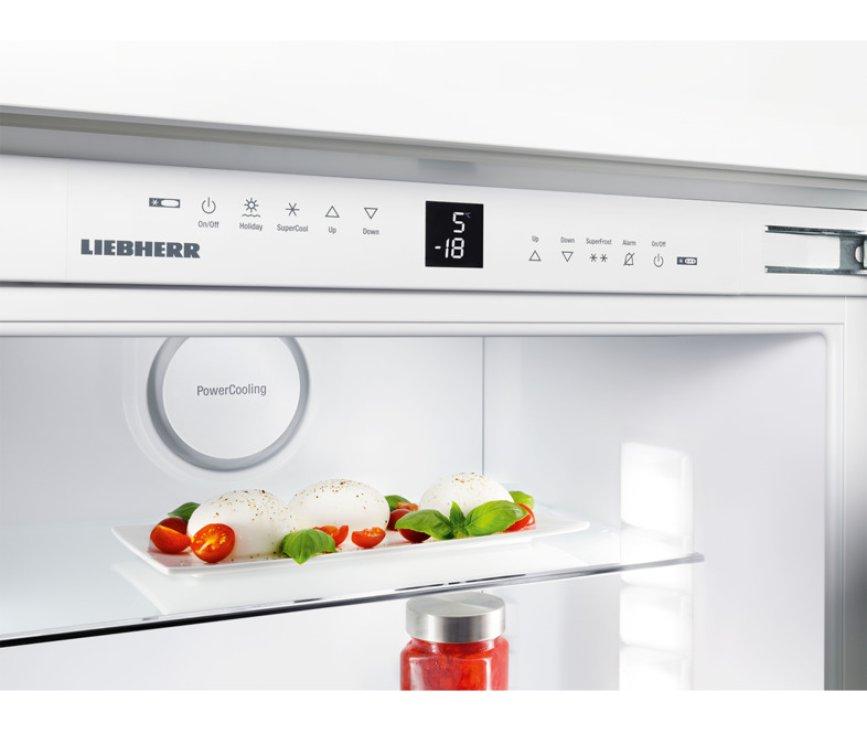 Het bedieningspaneel van de Liebherr ICBP3266 inbouw koelkast