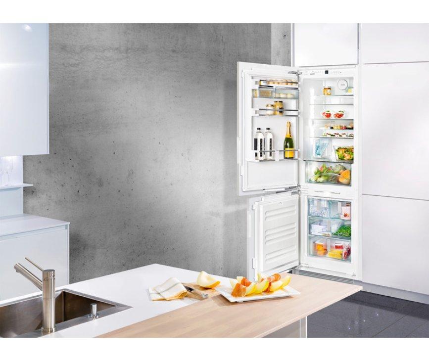 De Liebherr ICN3386 inbouw koelkast is perfect te integreren in uw keuken