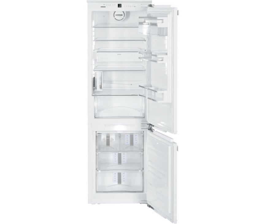 Het interieur van de Liebherr ICN3386 inbouw koelkast