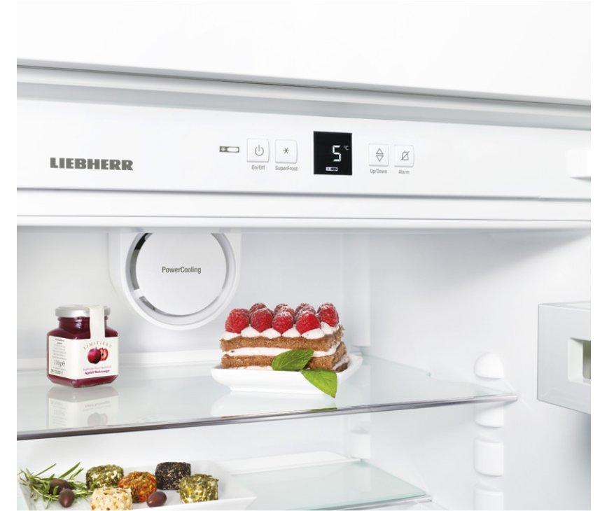 Het display  bij het bedieningspaneel is praktisch voor het nauwkeurig instellen van de temperatuur van de koelkast
