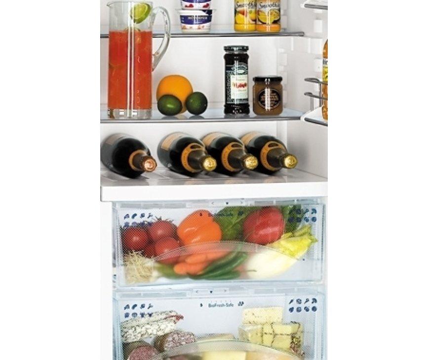 Luxe interieur in de LIEBHERR koelkast KBes3160 met o.a. twee laden BioFresh