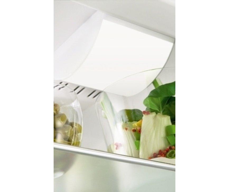 De LIEBHERR koeler KPesf4220 beschikt over heldere plafond verlichting