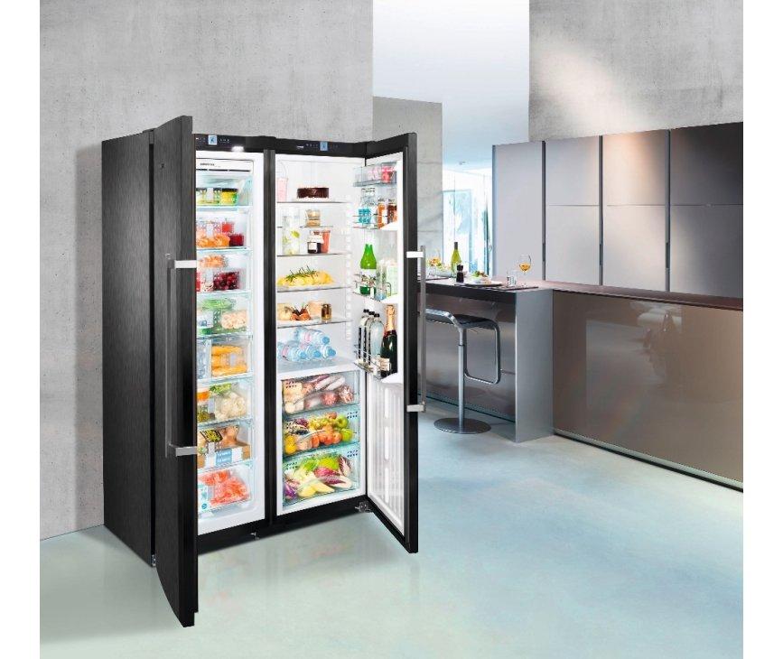De Liebher SBSbs7263 side-by-side koelkast is uitermate geschikt voor grote huishoudens