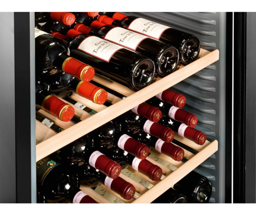 Holzbord vinothek van de Liebherr WTB4212