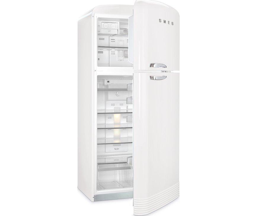 Een fractie van het interieur van de Smeg FAB50RWH5 koelkast wit