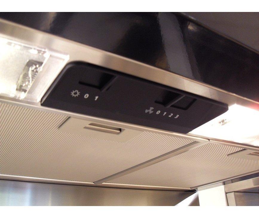 Het bedieningspaneel van de Smeg KSED92NXE biedt de instelmogelijkheid van het motorvermogen en de verlichting