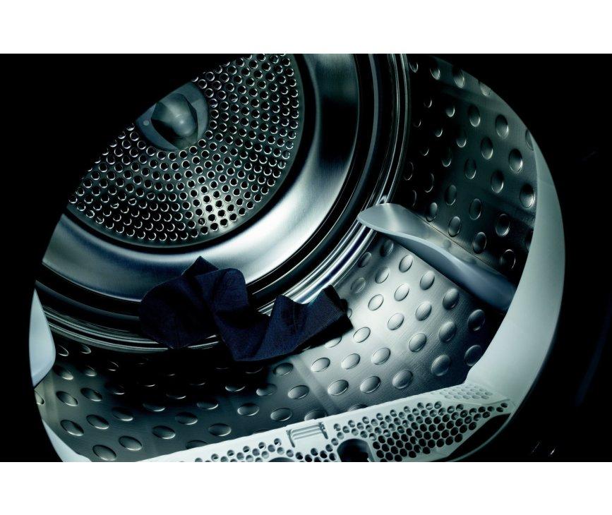 De Aeg T76782NIH warmtepomp droger heeft een maximaal vulgewicht van 8 kg