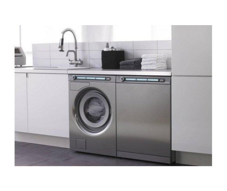 Prachtige wasmachine en droger in het roestvrijstaal: De Asko T794C RVS gecombineerd met de W6984 RVS.
