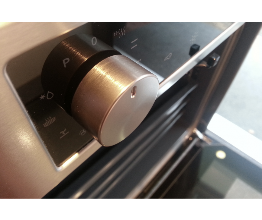 De Asko OT8636S is uitgevoerd met veel verschillende oven functies