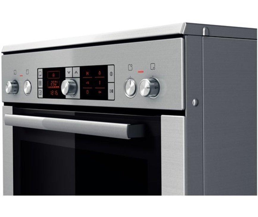 De Bosch HCE754853 fornuis RVS is voorzien van een digitaal bedieningspaneel