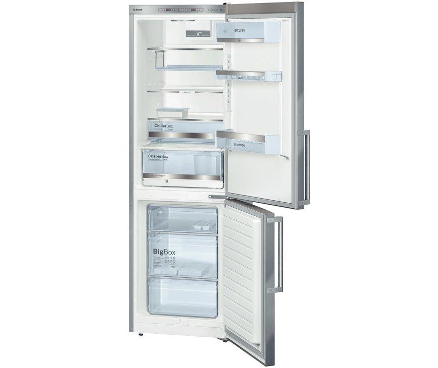 Het interieur van de Bosch KGE36EI43 koelkast rvs