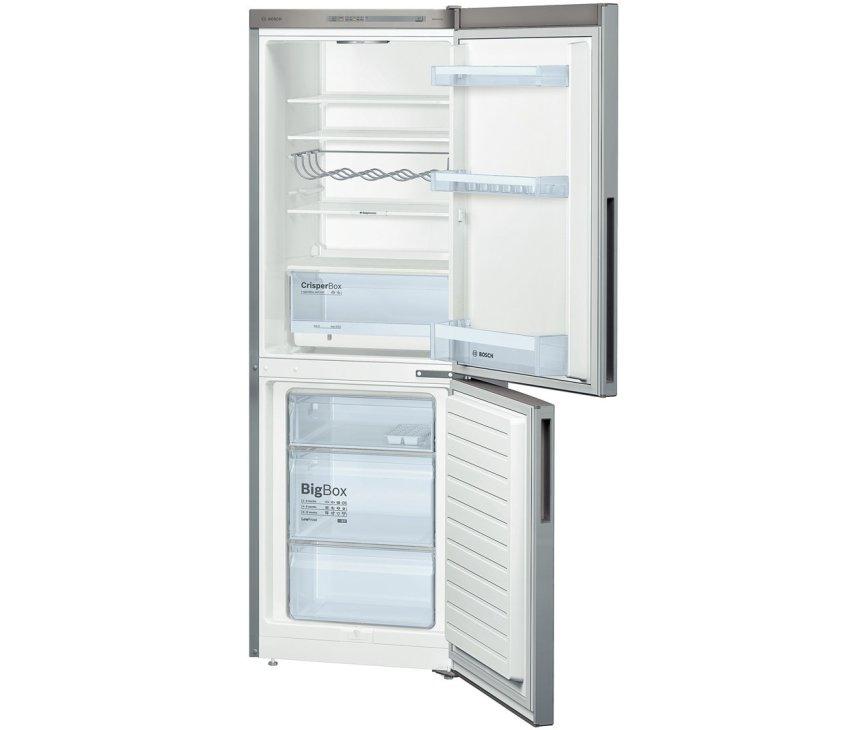De binnenzijde van de Bosch KGV33VI31 koelkast rvs