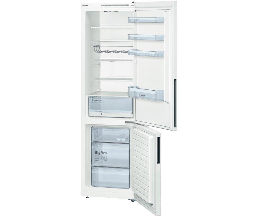 De binnenzijde van de Bosch KGV39VW31 koelkast wit
