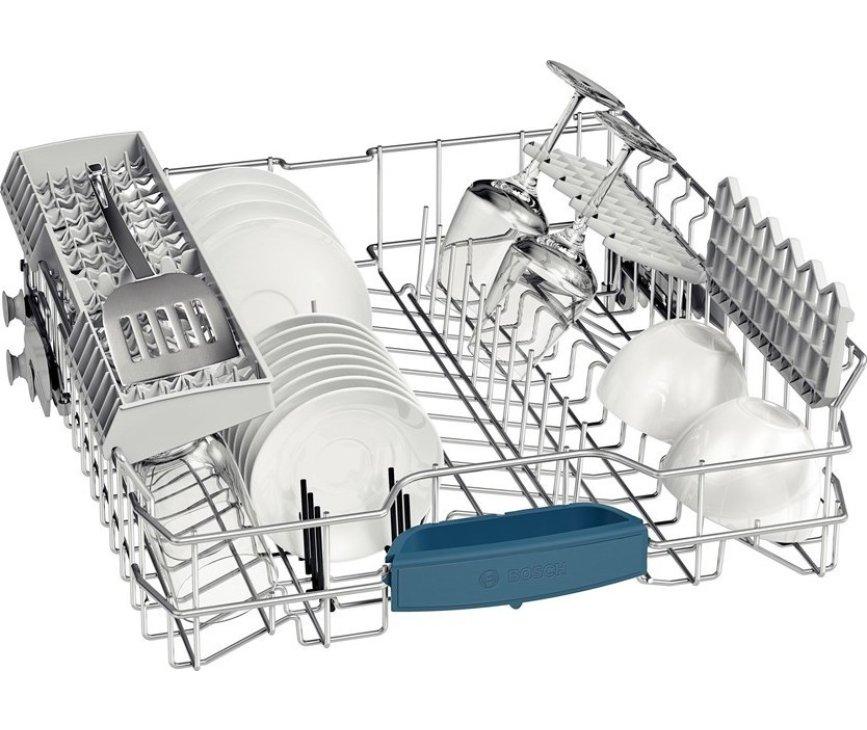 De bovenkorf van de Bosch SMS53N82EU vaatwasser vrijstaand
