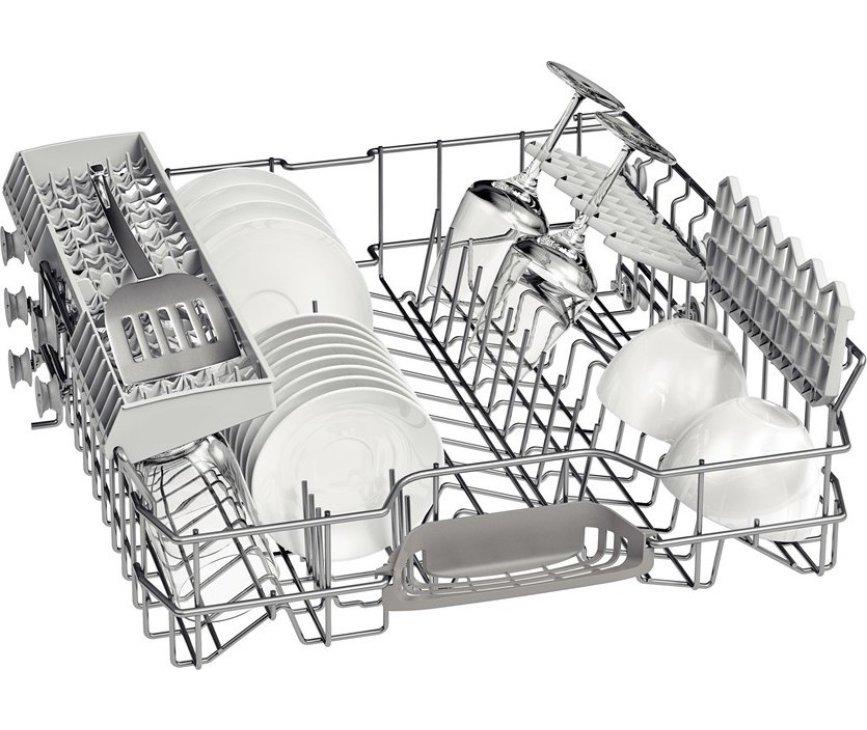 De bovenkorf van de Bosch SMS80D02EU vaatwasser vrijstaand