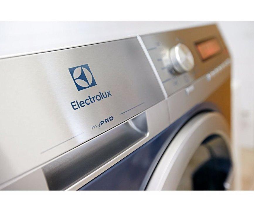 Electrolux WE170P semiprofessionele wasmachine met afvoerpomp