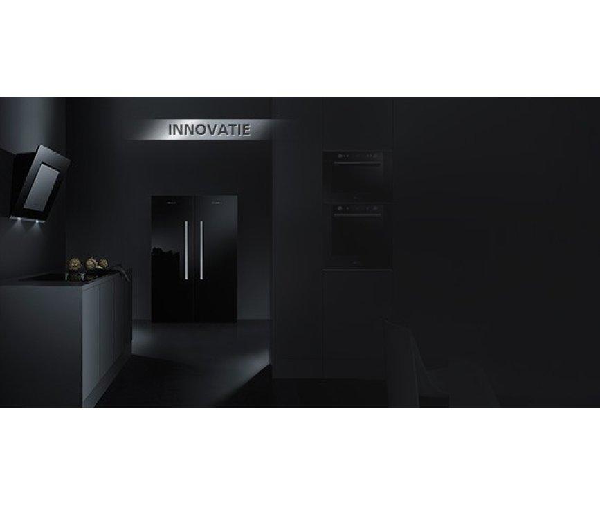 De Bauknecht EMCHD8145SW combi magnetron is afkomstig uit de KOMFORT BlackLine en perfect te combineren met de overige BAUKNECHT apparaten