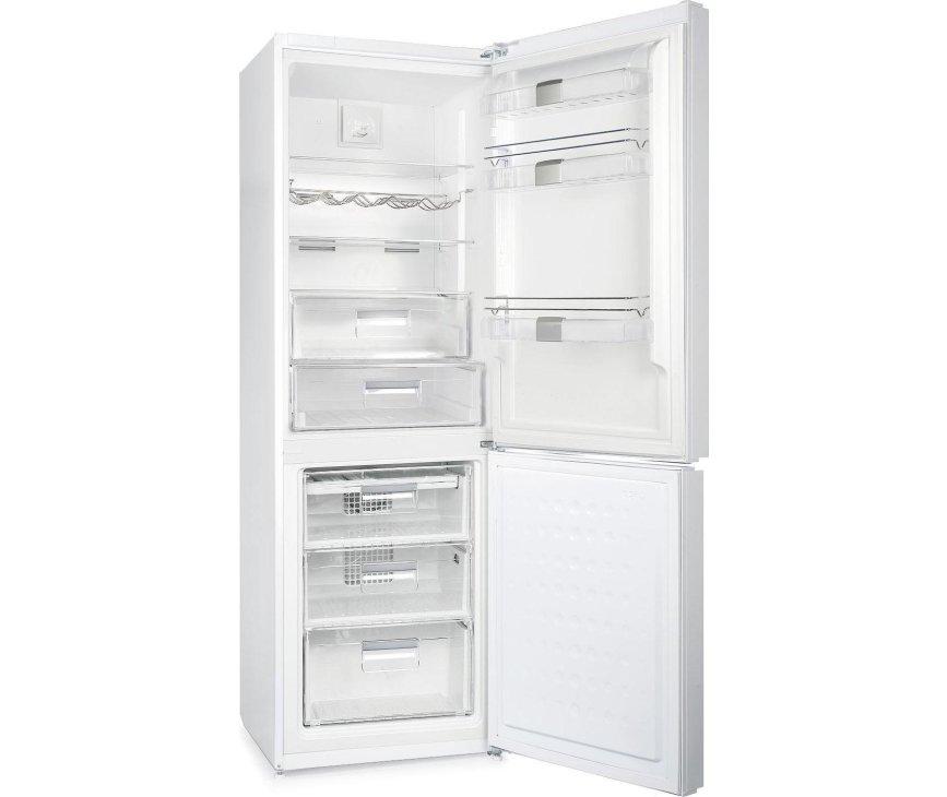 Foto van de binnenzijde van de Gram KF 6376-90 FN koelkast