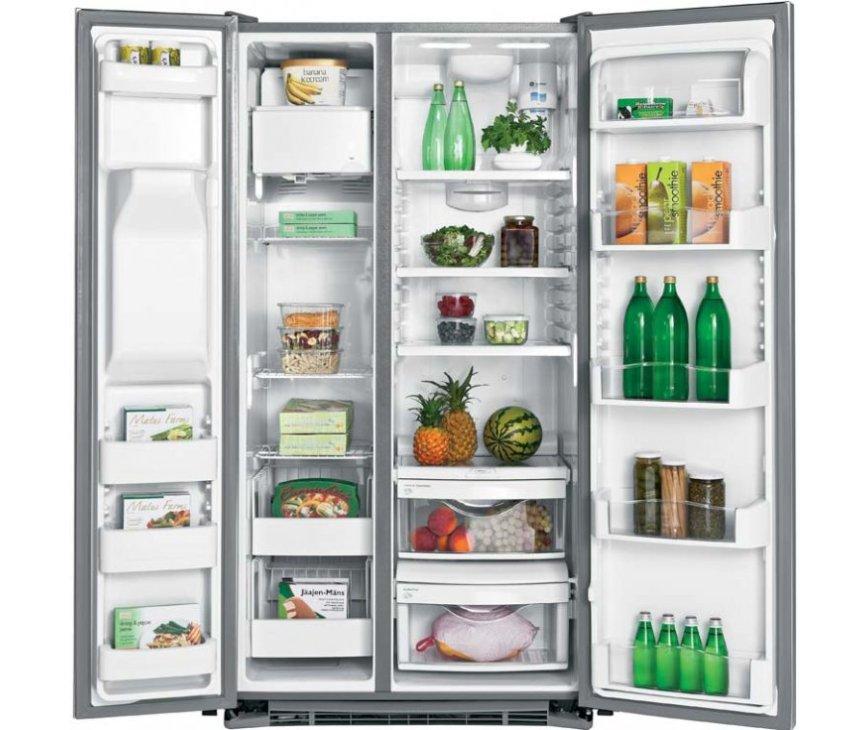 Foto van de binnenzijde van de ioMabe ORE24CGF Amerikaanse koelkast