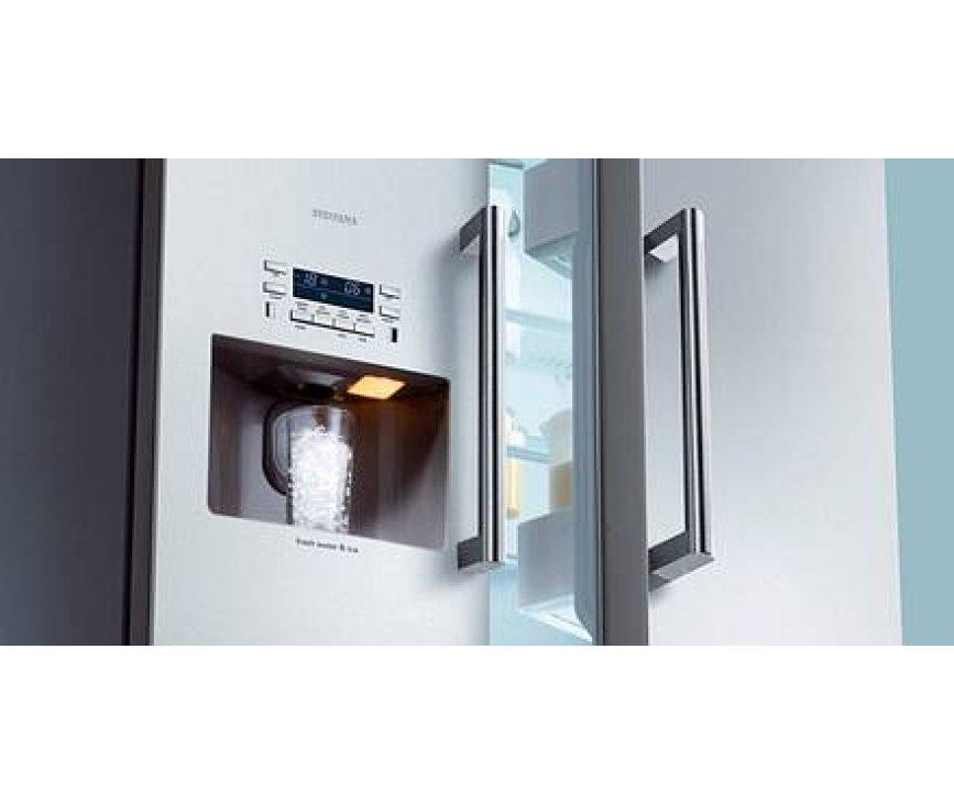 Vlakke ijsdispenser van de KA58NP95 geeft een zeer fraai design