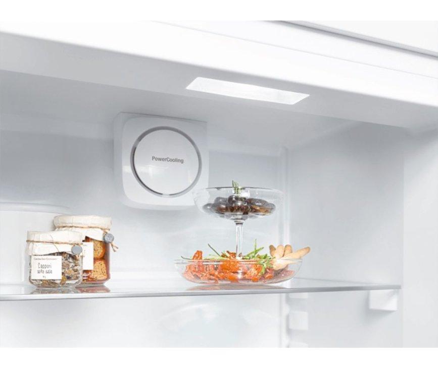 De ventilator bovenin de Liebherr CN4313 koelkast zorgt voor een goede verspreiding van de koude lucht