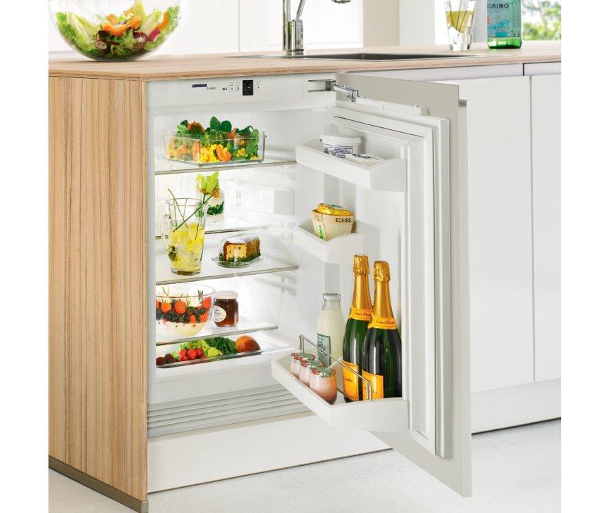 De Liebherr UIK1620 onderbouw koelkast beschikt over het deur-op-deur montagesysteem