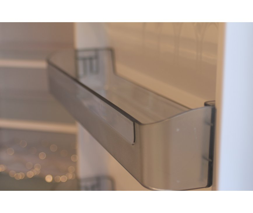 Foto van een deurvak geplaatst in de binnendeur van de Schaub Lorenz DBF19060O-8151