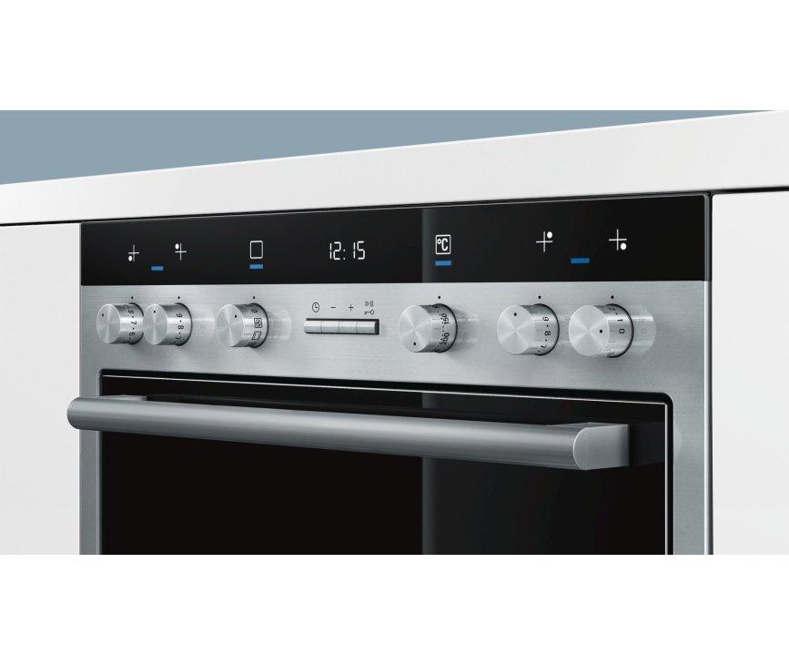 Het bedieningspaneel van de Siemens HE33GB550 inbouw oven