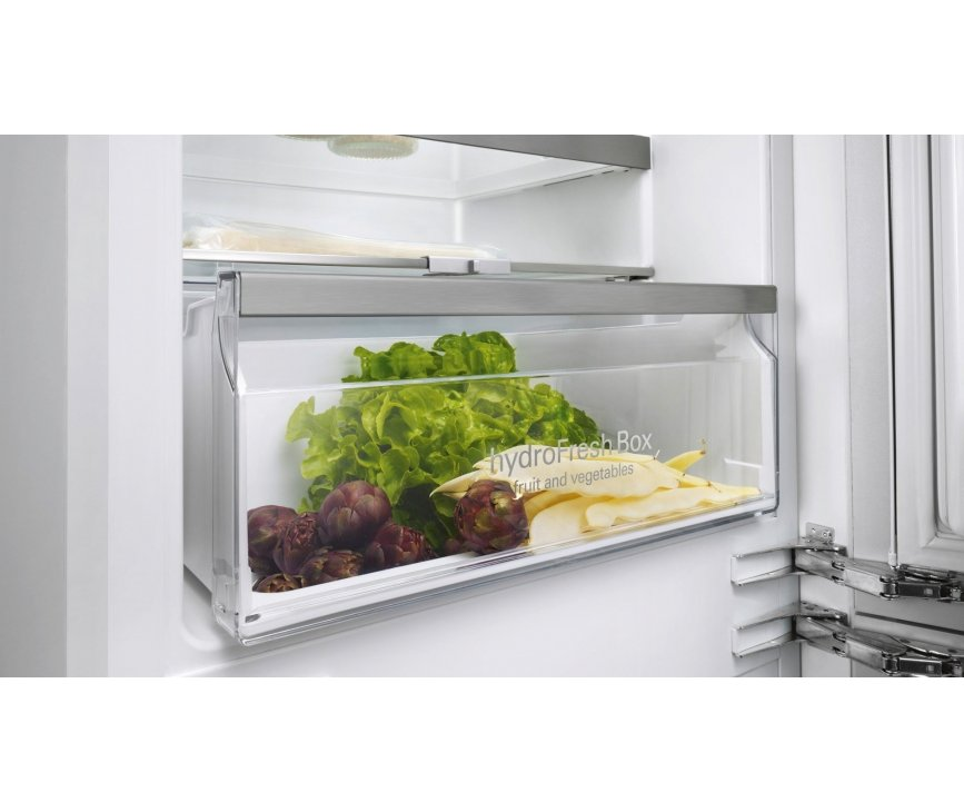 Door middel van de Siemens KI87SAF30 inbouw koelkast blijven uw verswaren ook echt vers