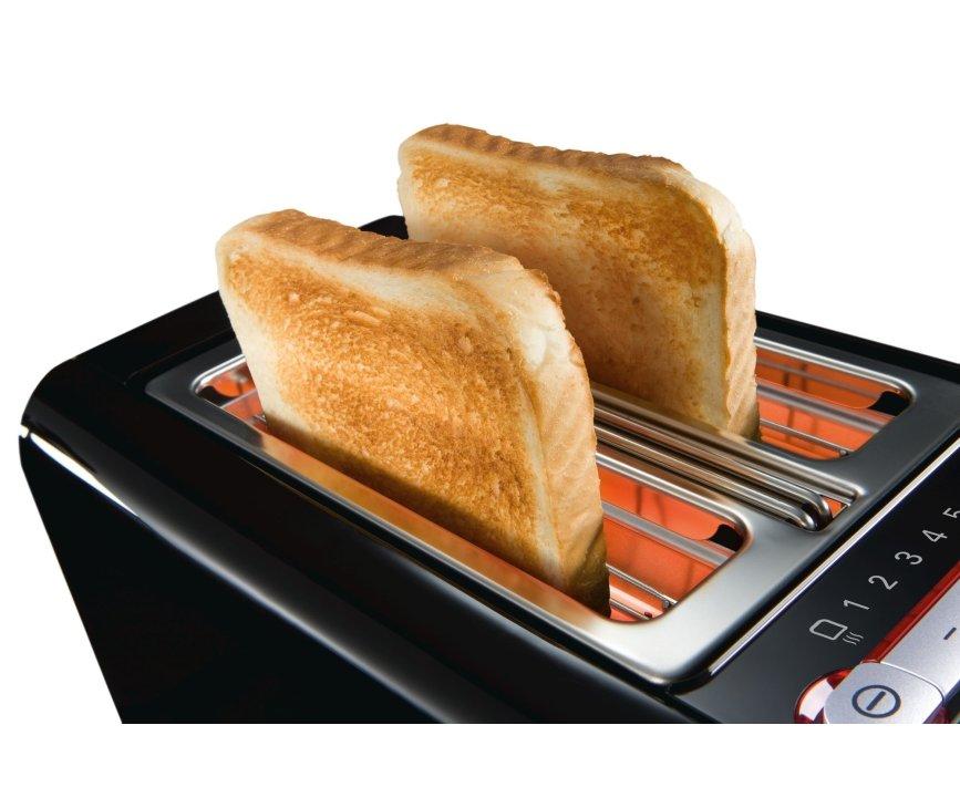 De Siemens TT86103 broodrooster zorgt dat elke boterham overheerlijk geroosterd wordt
