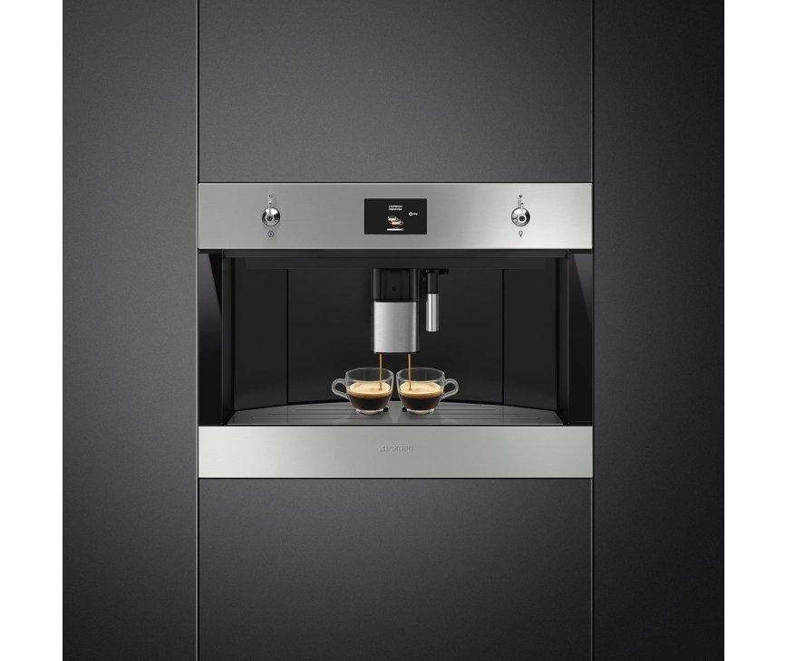 Smeg CMS4303X inbaSmeg CMS4303X volautomatische inbouw koffiemachineouw koffiemachine