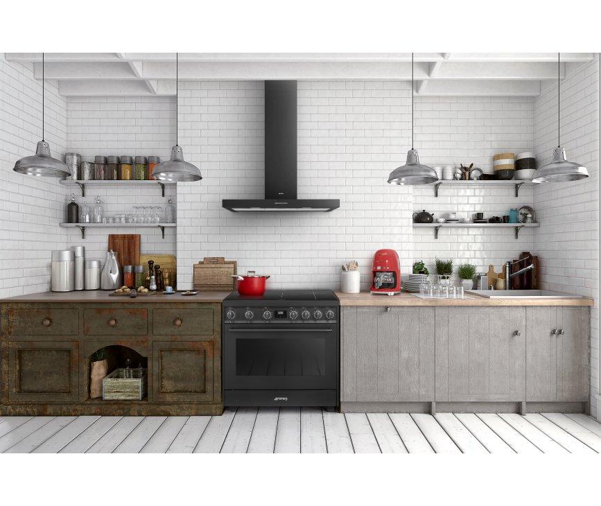 Vanwege het unieke design past de Smeg C91IEA9 perfect in zowel een klassieke, strakke en moderne keuken.