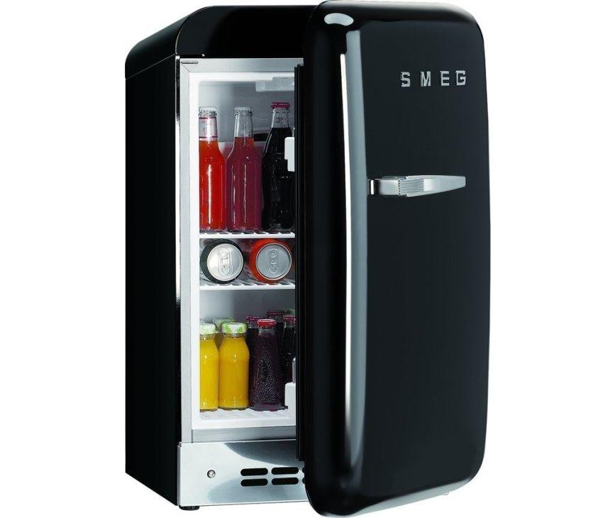 Fraaie zwarte FAB5RNE koelkast van SMEG
