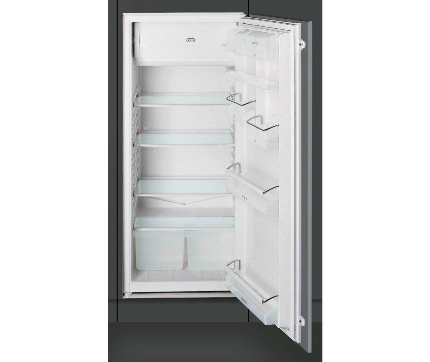 De Smeg FL227P inbouw koelkast is uitgevoerd in een nishoogte van 122 cm