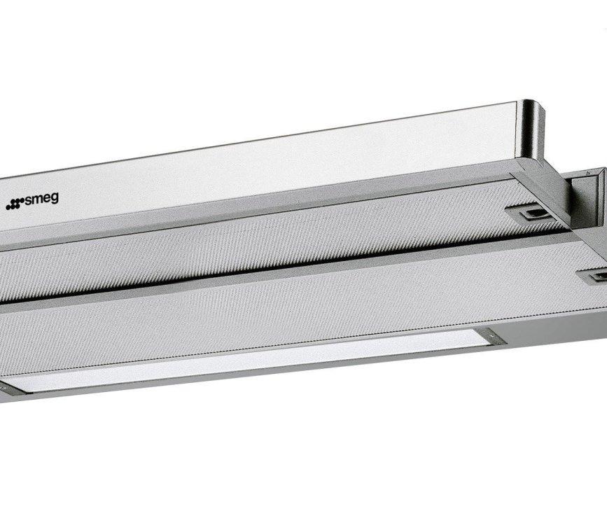 De Smeg KSET9XE beschikt standaard over een greeplijst. Desgewenst kunt u hier ook de greeplijst van uw keuken op monteren