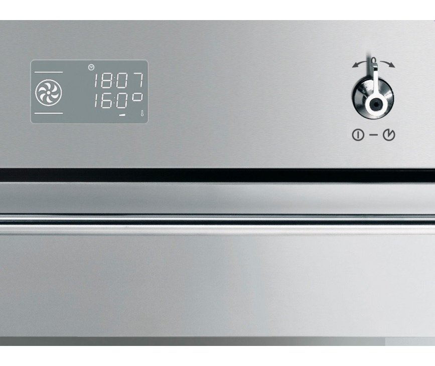 Het bedieningspaneel van de Smeg SF390XPZ inbouw oven