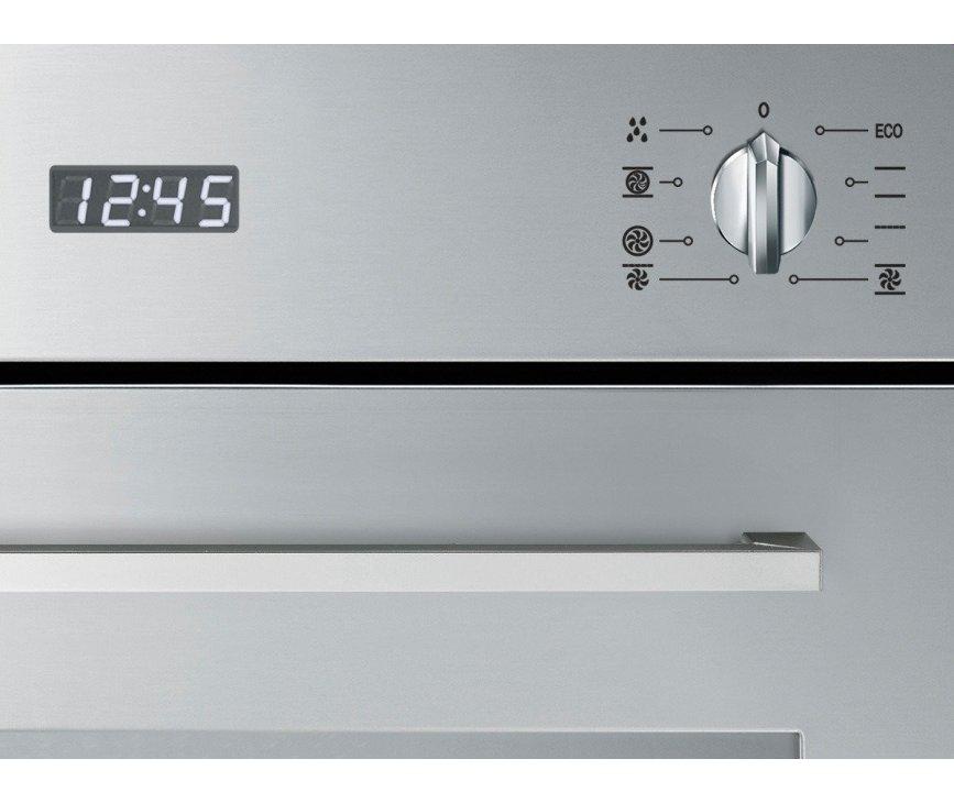 De Smeg SF485X beschikt over 8 functies waaronder de Vapor Clean reinigingsfunctie