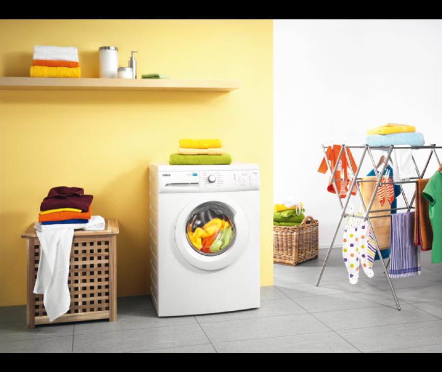 De Zanussi ZWF61400W wasmachine heeft een capacitieit van 6 kg.