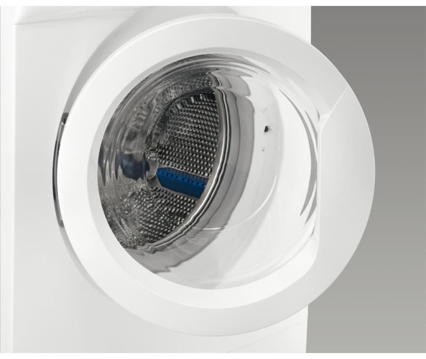 De Zanussi ZWF61403W wasmachine heeft een vulgewicht van 6 kg.