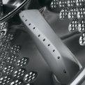 De AEG L6FBBERLIN beschikt over een vernieuwde ProTex trommel met kleinere gaten voor behoedzaam wassen en een beter wasresultaat