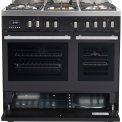 Onder de twee ovens van de Boretti MFBG902AN bevindt zich een praktische opbergruimte