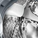 De nieuwe VarioSoft trommel in de Bosch WAS32470NL wasmachine zorgt voor een behoedzamere omgang met uw wasgoed dus minder slijtage