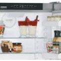 Praktisch bedieningspaneel van de LIEBHERR koelkast CBPesf4043
