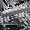 De Electrolux ESL5330LO inbouw vaatwasser is uit te breiden met handvat voor de bovenkorf