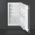 88 cm. hoge inbouw koelkast van SMEG uitgevoerd met energieklasse A+ label