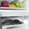 Handig zijn de verschillende lades onderin het koelgedeelte voor het langer bewaren van specifieke producten